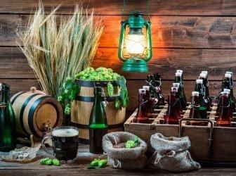 Hausgemachtes Bier im Keller