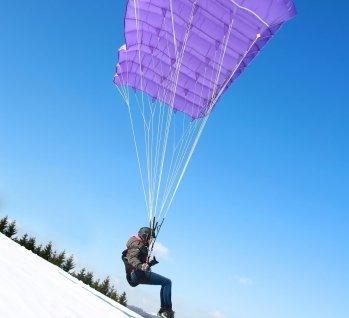 Paragliding, Quelle: Matc13/istockphoto