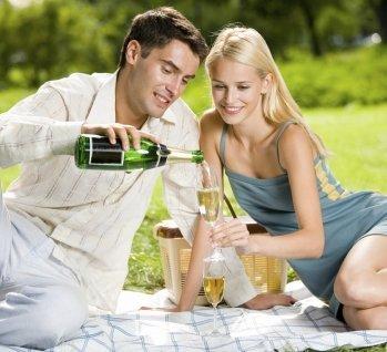 Romantik-Kurzurlaub für Paare, Quelle: ©g_studio/istockphoto