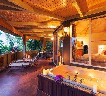 spa suite hotel wellness im hotelzimmer verwoehnwochenende. Black Bedroom Furniture Sets. Home Design Ideas