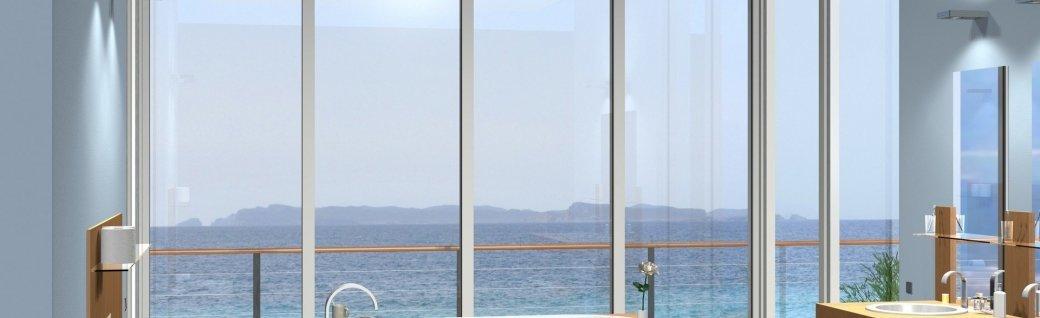 Modernes Badezimmer mit fantastischem Blick, Quelle: ©Wilm Ihlenfeld/istockphoto