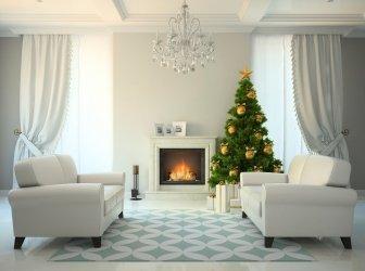 Zimmer im klassischen Stil mit Kamin und Weihnachtsbaum 3D renderin