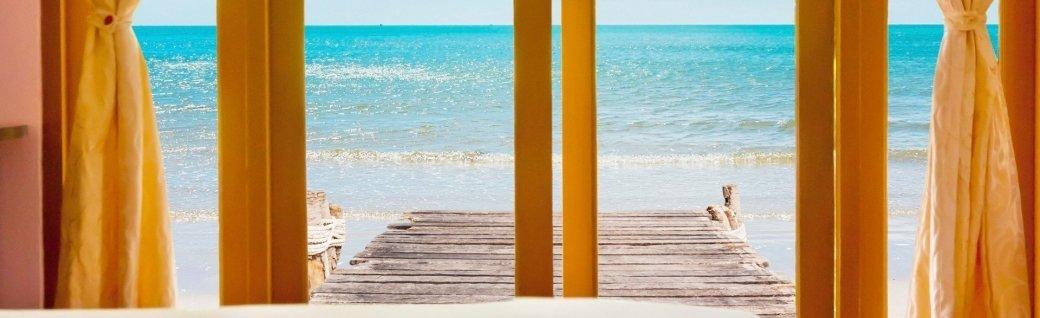 Resort im beauty und Strand, Quelle: Taitai6769  / istockphoto