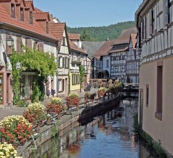 Annweiler, Quelle: fisfra/istockphoto