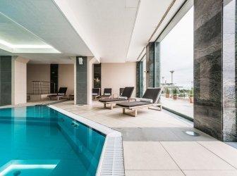 Luxus Schwimmbad