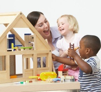 Kinderbetreuung, Quelle: omgimages/istockphoto