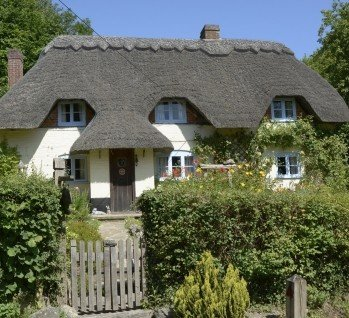 Landgasthof & Gutshof, Quelle: Nickos  / istockphoto