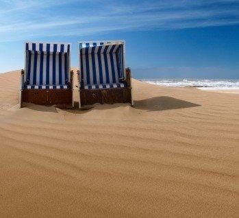 Strandhotels, Quelle:   avarooa / istockphoto