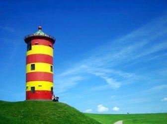 Leuchtturm im Sommer