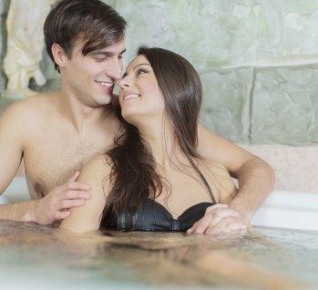 Badewanne für 2, Quelle: ©boggy22/istockphoto