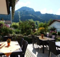 Terrasse, Quelle: (c) Hotel Amadeus