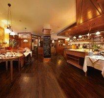 Unser reichhaltiges und regionales Frühstücksbüffet im Thekenbereich., Quelle: (c) Hotel & Restaurant Gasthof zum Ochsen