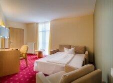 3-Bett-Zimmer in der Villa Victoria