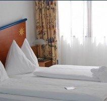 Komfort-Doppelzimmer, Quelle: (c) Turmhotel Davos