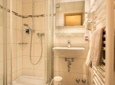 AKZENT Hotel Krone - Badezimmer