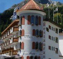 Außenansicht Hotel, Quelle: (c) Turmhotel Davos