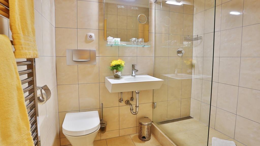 Hotel hotel belvital in waldachtal bewertungen for Badezimmer quelle