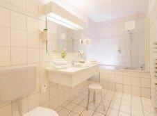 Badezimmer der Hochzeits-Suite