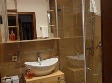 Badezimmer im DZ/Ostseite