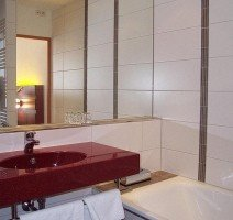 Badezimmer Junior Suite, Quelle: