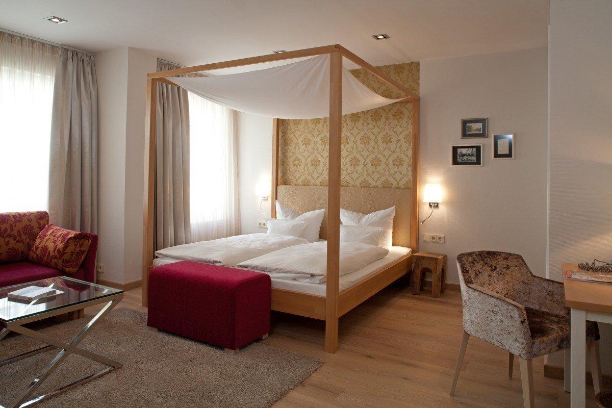 seniorenzauber im romantik hotel reichshof in norden. Black Bedroom Furniture Sets. Home Design Ideas