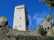 Bergfried Burg Olbrück