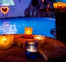 Candle-light swimming, Quelle: