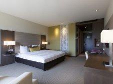 hotelzimmer mit liebesschaukel krefeld