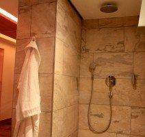 Dusche im Saunabereich, Quelle: (c) Akzent Hotel Dorn