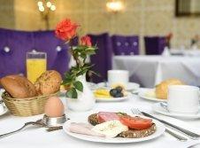 Frühstück im le Café