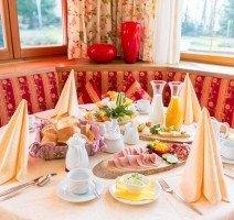 Frühstückstisch, Quelle: (c) Hotel Gerbe