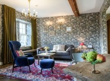 Genießen einen Hauch von Luxus in einer Suite