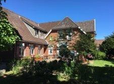 Hotel Friesenhof Nieblum - Hotel-Außenansicht