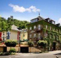 Hotel Moseltor im Ortsteil Trarbach mit Blick auf die Mosel, Quelle: (c) Hotel Moseltor