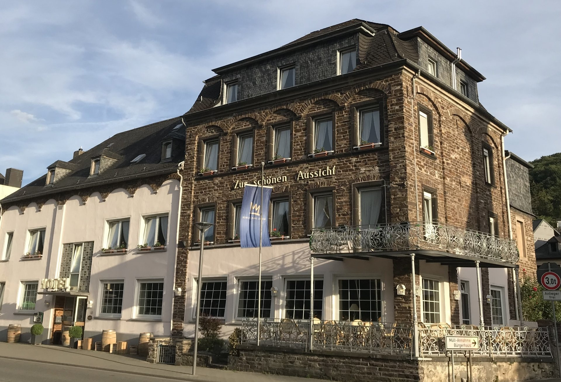 Hotel Weinhotel Cochem Zur Schonen Aussicht In Cochem