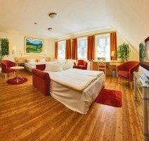 Unsere Junior-Suite, aufgebettet für vier Personen., Quelle: (c) Hotel & Restaurant Gasthof zum Ochsen