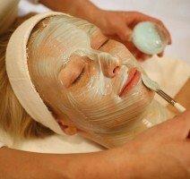 Kosmetikbehandlung, Quelle: