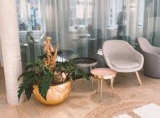 Lounge im Rezeptionsbereich