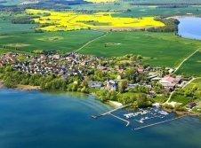 Luftaufnahme vom Schloss Klink