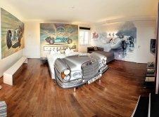 Mercedes Suite