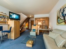 Moderne Maisonette Suite