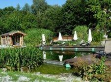 Naturbadesee mit Außensauna