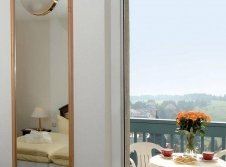 Panorama-Suite mit Balkon