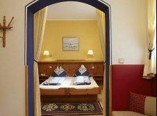 """""""Piccaso-Junior-Zimmer"""" - der blaue Salon"""