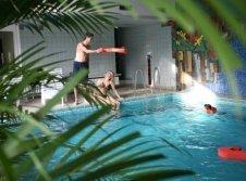 Pool im Hotel