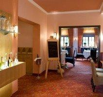 Restaurant Eingang, Quelle: (c) IDINGSHOF Hotel & Restaurant