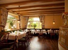 Restaurant mit Kachelofen