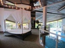 Romantik Zone im Schwimmbad