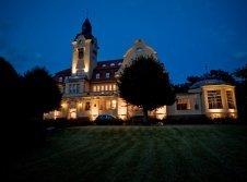 Schloss Wendorf am Abend