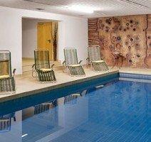 Schwimmbad, Quelle: (c) Hotel Gersfelder Hof